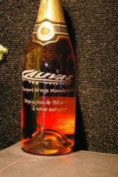 Bouteille de champagne gravée au logo de l'entreprise