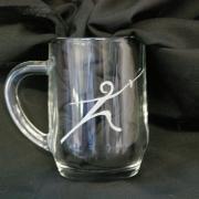 Chope mug grave d un dessin d escrimeur 1