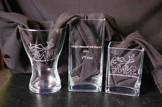 Ensemble de Trophées personnalisés en verre